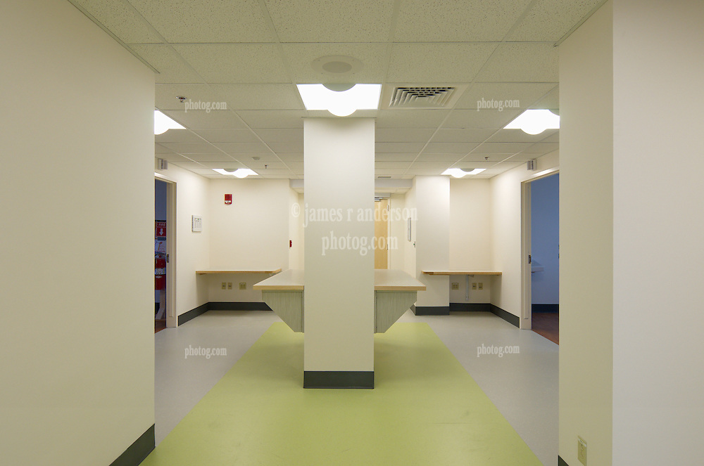 VA Medical Center West Haven ICU Step Down Expansion.VA Project No. 689-375   PAI Project No. 33656.00.Photographer: James R Anderson.Date of Photograph: 12 December 2012   Time: 01:49 PM   Image No.: 02.