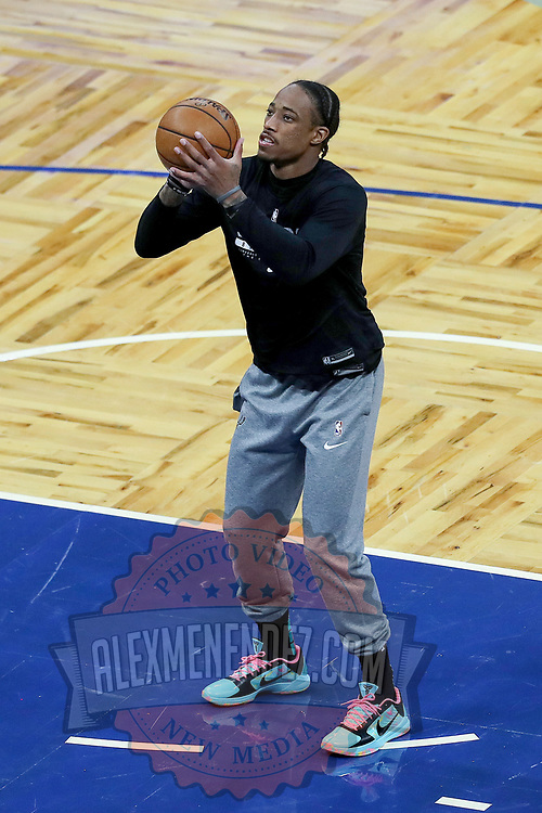 ORLANDO, FL - APRIL 12: DeMar DeRozan #10 of the San Antonio Spurs warms up prior to a game against the Orlando Magic at Amway Center on April 12, 2021 in Orlando, Florida. NOTE TO USER: User expressly acknowledges and agrees that, by downloading and or using this photograph, User is consenting to the terms and conditions of the Getty Images License Agreement. (Photo by Alex Menendez/Getty Images)*** Local Caption *** DeMar DeRozan