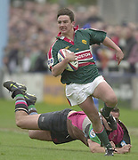 Twickenham, Surrey, England,  UK., 14/05/2003,Tiger's Harry Ellis, attacks down the wing leaving, Tony Diprose stranded, during, the Zurich Premiership Rugby match, NEC Harlequins vs Leicester Tigers, played at the Stoop Memorial Ground, [Mandatory Credit: Peter Spurrier/Intersport Images]