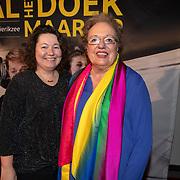 NLD/Amsterdam/20200123 - Premiere Haal Het Doek Maar Op, Astrid Nijgh en partner Louise Schmidt