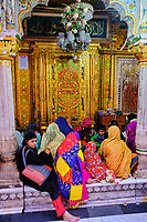 Inde, Delhi, tombe de Hazrat Nizamuddin Dargah// India, Delhi, New Delhi, Hazrat Nizamuddin Dargah, sufi tomb