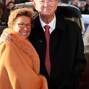 NLD/Amsterdam/20080201 - Verjaardagsfeest Koninging Beatrix en prinses Margriet, Joop van der Ende en partner Janine Klijburg