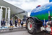 Koningin Maxima opent in Beltrum de eerste Groene Mineralen Centrale. De Groene Mineralen Centrale is de eerste centrale in Nederland waar dierlijke mest en andere organische reststromen succesvol wordt gescheiden in een kunstmestvervanger, een bodemverbeteraar en schoon water.