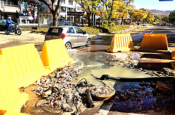 South Africa - Pretoria - 14 July 2020 - Complains about the Walkerspruit being polluted by raw sewage are mounting as weeks go by with a burst pipe on Middel Street in Brooklyn.<br /> <br /> Picture: Thobile Mathonsi/African News Agency(ANA)