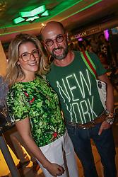 Sheila Vontobel e Miltinho Talaveira no coquetel para patrocinadores, parceiros e lojistas do Viva Open Mall. FOTO: Jefferson Bernardes/ Agência Preview