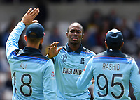 Cricket - 2019 ICC Cricket World Cup - Group Stage: England vs. Sri Lanka<br /> <br /> England's Jofra Archer celebrates taking the wicket of Sri Lanka's Thisara Perera caught by Adil Rashid for 2, at Headingley, Leeds<br /> <br /> COLORSPORT/ASHLEY WESTERN