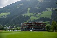 WESTENDORF -  Tirol   Oostenrijk, clubhuis, hotel, shop, restaurant,  - Golfanlage Kitzbuheler Alpen Westendorf.    COPYRIGHT KOEN SUYK