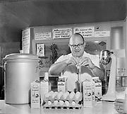 Y-620916-17-02. Oregon Restaurant Association first annual convention, Hotel Gearhart, Surfside Motel. September 16/17/18, 1962