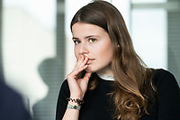 12 MAR 2020, BERLIN/GERMANY:<br /> Luisa Neubauer, Klimaschutzaktivistin, Fridays for Future, waehrend einem Interview, Redaktion Rheinische Post<br /> IMAGE: 20200312-01-029