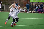 LAREN -  Hockey Hoofdklasse Dames: Laren v Pinoké, seizoen 2020-2021. Foto: Goal Juliette van Hattum (Pinoké)