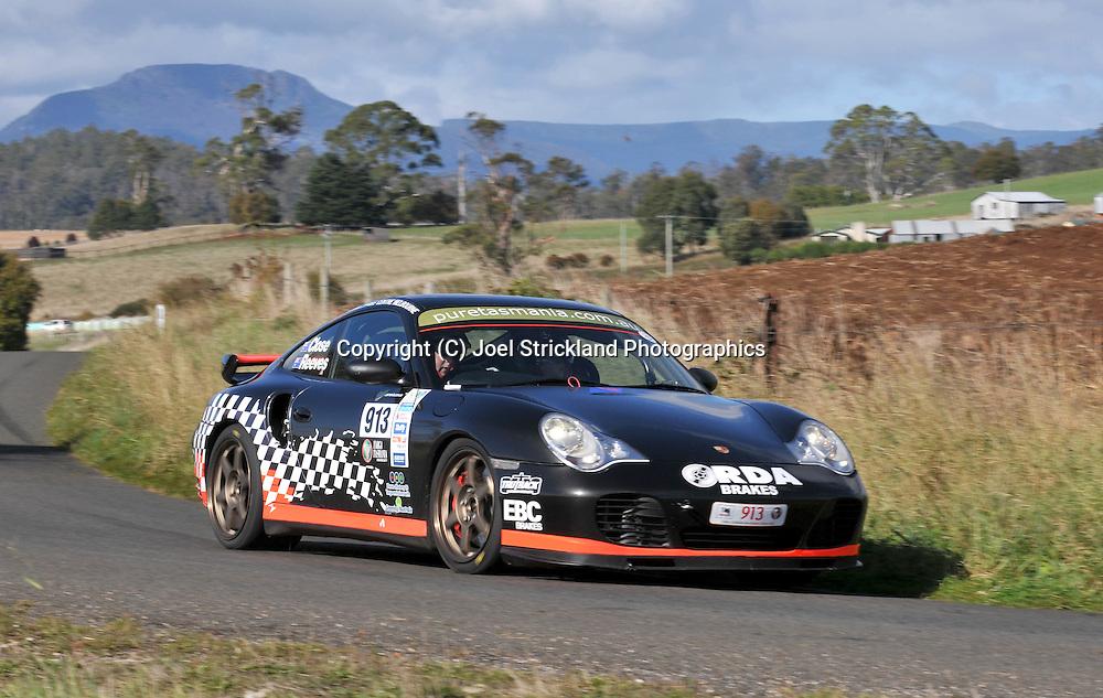 Matt Close & Cameron Reeves .2000 Porsche 911 Turbo.Day 3.Targa Tasmania 2009.1st of May 2009.(C) Joel Strickland Photographics.