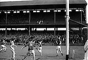 25/04/1965<br /> 04/25/1965<br /> 25 April 1965<br /> National Hurling League Semi-Final: Kerry v West Meath at Croke Park, Dublin. <br /> M. Hennesy sends in Kerry's second goal.