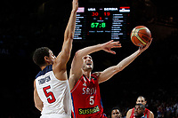 United States´s Thompson (L) and Serbia´s Simonovic during FIBA Basketball World Cup Spain 2014 final match between United States and Serbia at `Palacio de los deportes´ stadium in Madrid, Spain. September 14, 2014. (ALTERPHOTOSVictor Blanco)