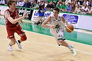 DESCRIZIONE : Campionato 2013/14 Finale GARA 4 Montepaschi Mens Sana Siena - Olimpia EA7 Emporio Armani Milano<br /> GIOCATORE : Matt Janning<br /> CATEGORIA : Palleggio Penetrazione<br /> SQUADRA : Montepaschi Siena<br /> EVENTO : LegaBasket Serie A Beko Playoff 2013/2014<br /> GARA : Montepaschi Mens Sana Siena - Olimpia EA7 Emporio Armani Milano<br /> DATA : 21/06/2014<br /> SPORT : Pallacanestro <br /> AUTORE : Agenzia Ciamillo-Castoria / Claudio Atzori<br /> Galleria : LegaBasket Serie A Beko Playoff 2013/2014<br /> Fotonotizia : DESCRIZIONE : Campionato 2013/14 Finale GARA 4 Montepaschi Mens Sana Siena - Olimpia EA7 Emporio Armani Milano<br /> Predefinita :