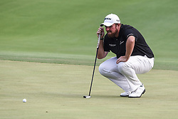 August 12, 2018 - Town And Country, Missouri, U.S - SHANE LOWRY from Ireland lines up his putt on the 18th green during round four of the 100th PGA Championship on Sunday, August 12, 2018, held at Bellerive Country Club in Town and Country, MO (Photo credit Richard Ulreich / ZUMA Press) (Credit Image: © Richard Ulreich via ZUMA Wire)