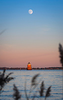 chesapeake, bay, lighthouse, shipping, channel, ship, sandy, point, shoal, light, beacon, annapolis, maryland, water, boat, clear, historic, house, long, lasted, navigate, navigation, old, park, scenic, structure, tidal, tower, navigational, nautical, route, winter, cold, february, blue, sky, brick, coast, coastal, landscape, shore, full moon, moon, sandy point, state