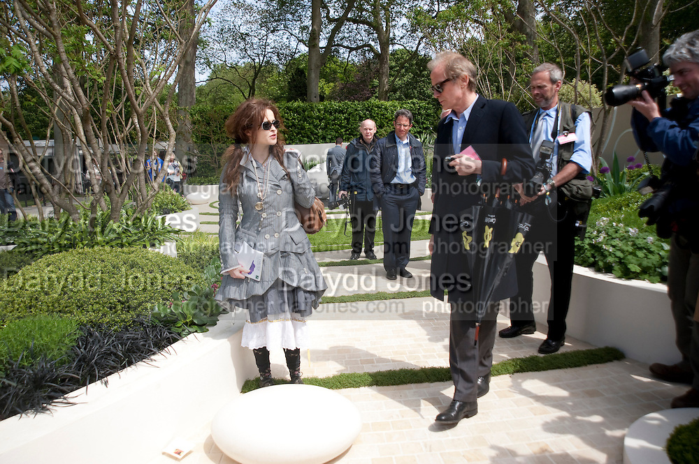 BILL NIGHY; HELENA BONHAM-CARTER, Press and VIP viewing day. Chelsea Flower show, Royal Hospital Grounds. Chelsea. London. 18 May 2009