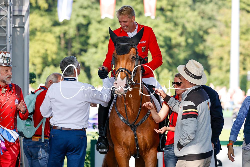 RIESENBECK - FEI Jumping European Championship Riesenbeck 2021<br /> <br /> THIEME Andre (GER), DSP Chakaria, BECKER Otto (Bundestrainer)<br /> Impressionen am Rande<br /> Individual Final over 2 Rounds<br /> Round 2<br /> <br /> Hörstel-Riesenbeck, Reitanlage Riesenbeck International<br /> 05. September 2021<br /> © www.sportfotos-lafrentz.de/Stefan Lafrentz