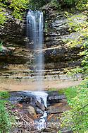 64797-00615 Munising Falls in fall, Alger County, MI