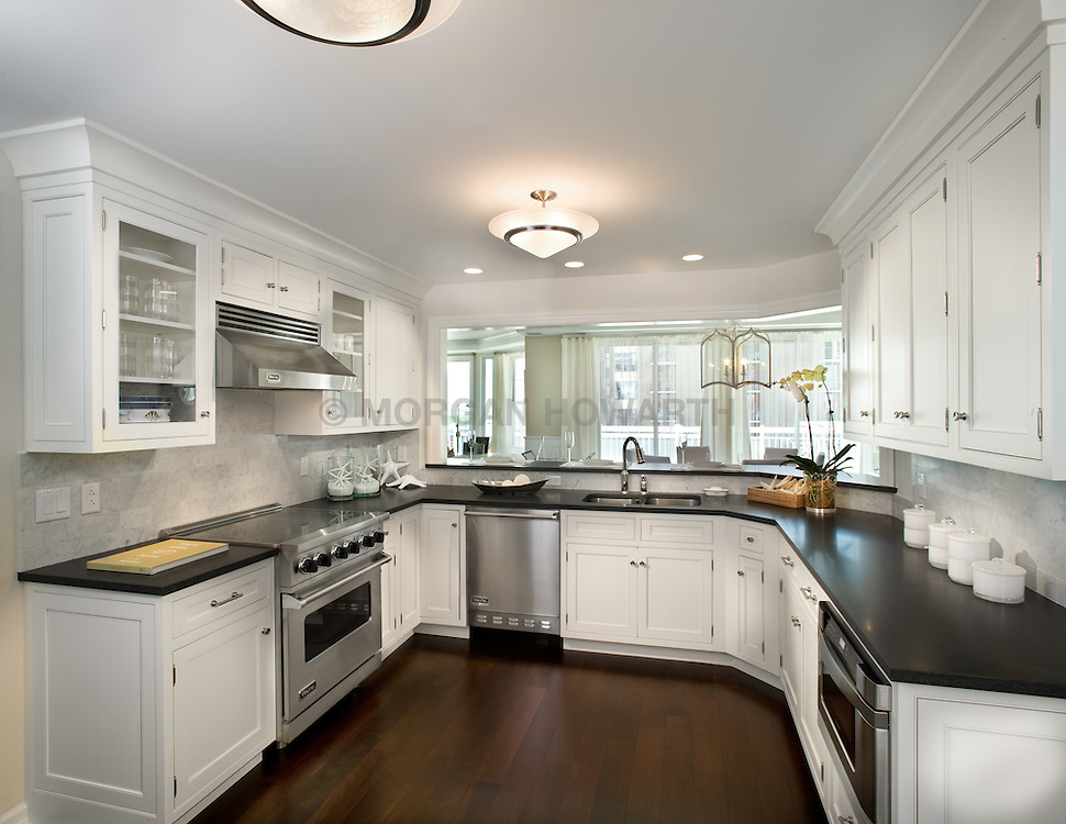 The Grand at Diamond Beach 9600 Atlantic Avenue Wildwood, NJ Designer Jeff Akseizer Kitchen