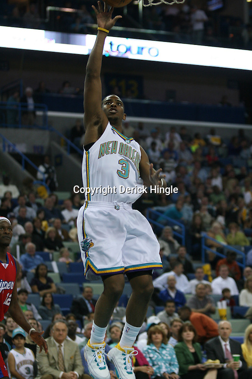 15 April 2008:  New Orleans Hornets guard Chris Paul #3 shoots in the first quarter of the Hornets 114-92 win over the Clippers at the New Orleans Arena in New Orleans, Louisiana.