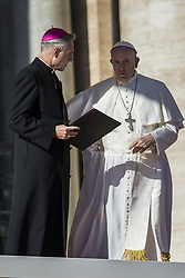 November 9, 2016 - Vatican City, Vatican - Pope Francis celebrates his Weekly General Audience in St. Peter's Square in Vatican City, Vatican on November 09, 2016. Pope Francis on Wednesday urged the faithful not to fall into indifference but to become active instruments of mercy. (Credit Image: © Giuseppe Ciccia/Pacific Press via ZUMA Wire)