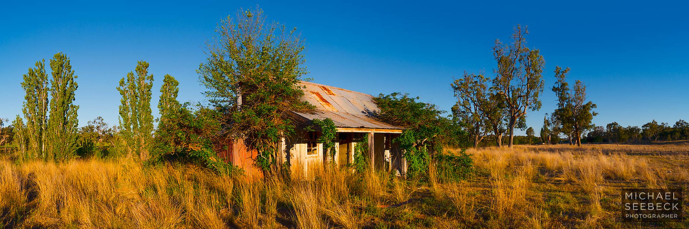 A high resolution panoramic photograph of an old cottage in the inland western slopes of northern New South Wales.<br /> <br /> Code: HANN0001<br /> <br /> Limited Edition Print