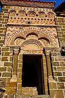 France, Haute-Loire (43), Le Puy-en-Velay, étape sur le chemin de Saint Jacques de Compostelle, la chapelle Saint-Michel d'Aiguilhe // France, Haute-Loire (43), Le Puy-en-Velay, stage on the way to Saint Jacques de Compostela, the chapel of Saint-Michel d'Aiguilhe