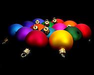 Christmas bulbs shot for the San Francisco Music Box Company (through Fanbuzz, Inc).