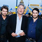 NLD/Amsterdam/20101007 - Europesche premiere Cirque du Soleil Totem, Ron Brandsteder en zoons Rick en Bob