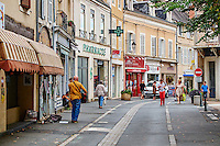 France, Indre (36), Argenton-sur-Creuse, vue Grande // France, Indre (36), Argenton-sur-Creuse, rue Grande