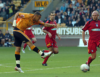 Photo: Kevin Poolman.<br />Wolverhampton Wanderers v Colchester United. Coca Cola Championship. 14/10/2006. Craig Davies has a shot from long range.