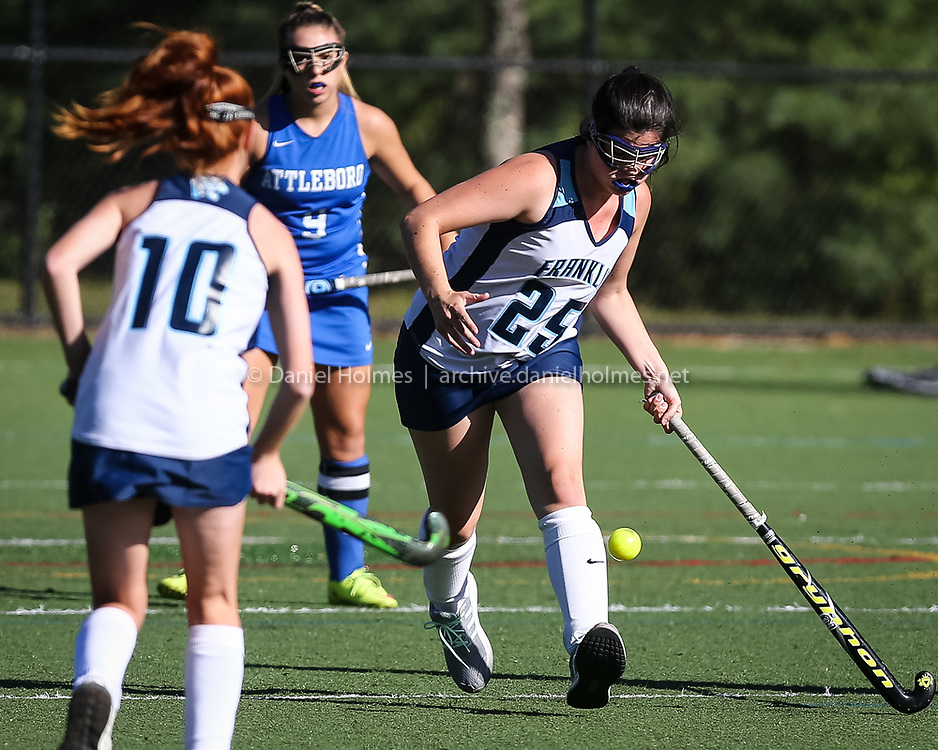 (9/26/16, FRANKLIN, MA) Franklin's Alexandra Sullivan, right, passes to Erin Walsh during the field hockey game against Attleboro at Beaver Street Field in Franklin on Monday. Daily News and Wicked Local Photo/Dan Holmes