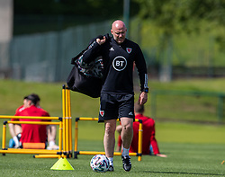 CARDIFF, WALES - Friday, June 4, 2021: Wales' manager Robert Page during a training session at the Vale Resort ahead of an International Friendly against Albania as they prepare for the UEFA Euro 2020 tournament. (Pic by David Rawcliffe/Propaganda)
