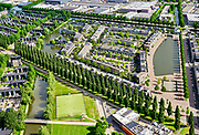 Nederland, Utrecht, Utrecht; 14–05-2020; stadsdeel Leidsche Rijn, de wijk De Hoge Weide. Rijnkennemerlaan-Noord ter hoogte van Waterwinpark, Musicallaan / Musicalkade. <br /> Utrecht Leidsche Rijn district, view on the trees of the De Rijnkennemerlaan.<br /> <br /> luchtfoto (toeslag op standaard tarieven);<br /> aerial photo (additional fee required)<br /> copyright © 2020 foto/photo Siebe Swart