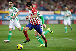 27.10.2013, Estadio Vicente Calderon, Madrid, ESP, Primera Division, Atletico Madrid vs Real Betis, 10. Runde, im Bild Atletico de Madrid's Diego Costa (C) // Atletico de Madrid's Diego Costa (C) during the Spanish Primera Division 10th round match between Club Atletico de Madrid and Real Betis at the Estadio Vicente Calderon in Madrid, Spain on 2013/10/28. EXPA Pictures © 2013, PhotoCredit: EXPA/ Alterphotos/ Victor Blanco<br /> <br /> *****ATTENTION - OUT of ESP, SUI*****