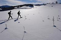 Snowshoeing, Deli Saavedra and Neil Birnie, Rewilding Europe, Central Apennines, Italy