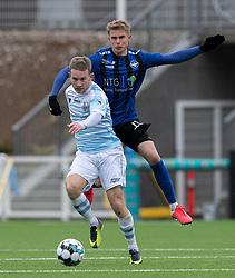 Anders Holst (FC Helsingør) og Magnus Wørts (HB Køge) under træningskampen mellem FC Helsingør og HB Køge den 22. februar 2020 på Helsingør Ny Stadion (Foto: Claus Birch).