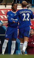 Fotball<br /> Premier League England 2004/2005<br /> Foto: SBI/Digitalsport<br /> NORWAY ONLY<br /> <br /> Chelsea v Aston Villa <br /> Barclays Premiership<br /> 26.12.2004<br /> <br /> Didier Drogba replaces Chelsea's Eidur Gudjohnsen
