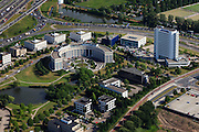Nederland, Zuid-Holland, Rotterdam, 23-05-2011;.Brainpark: gebouwen en sportvelden van Erasmusuniversiteit en HBO-opleidingen. Boven Rijksweg A16. Ronde gebouw is kantoorpand Erasmusstaete..University bulildings of the Erasmus University. Motorway A16 top of the picture...luchtfoto (toeslag), aerial photo (additional fee required).copyright foto/photo Siebe Swart