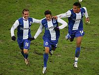 Fotball<br /> Champions League Hamburger SV - FC Porto 1:3<br /> 01.11.2006<br /> Foto: Witters/Digitalsport<br /> NORWAY ONLY<br /> <br /> 1:3 Jubel Porto v.l. Raul Meireles, Torschuetze Bruno Moraes, Bruno Alves