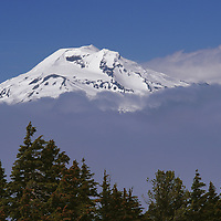 South Sister in the Cascade Range seen from Mount Bachelor.