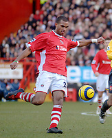 Photo: Glyn Thomas.<br />Charlton Athletic v Arsenal. The Barclays Premiership.<br />26/12/2005.<br /> Charlton's Jonathan Fortune.