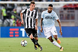 August 13, 2017 - Rome, Italy - Mario Mandzukic of Juventus is challenged by Wallace of Lazio during the Italian Supercup Final match between Juventus and Lazio at Stadio Olimpico, Rome, Italy on 13 August 2017. (Credit Image: © Giuseppe Maffia/NurPhoto via ZUMA Press)