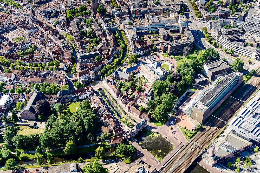 Nederland, Utrecht, Amersfoort, 17-07-2017; centrum Amersfoort met Koppelpoort. Aan het spoor het gebouw van de RCE. Aan de Westsingel Museum Flehite.<br /> Center of Amersfoort and with historical (water)gate 'Koppelpoort'.<br /> <br /> luchtfoto (toeslag op standard tarieven);<br /> aerial photo (additional fee required);<br /> copyright foto/photo Siebe Swart