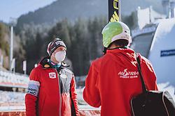 28.02.2021, Oberstdorf, GER, FIS Weltmeisterschaften Ski Nordisch, Oberstdorf 2021, Herren, Nordische Kombination, Skisprung HS 106, im Bild Bernhard Gruber (AUT), Mario Seidl (AUT) // Bernhard Gruber of Austria Mario Seidl of Austria during ski Jumping HS 106 Competition of men Nordic combined of FIS Nordic Ski World Championships 2021. in Oberstdorf, Germany on 2021/02/28. EXPA Pictures © 2021, PhotoCredit: EXPA/ JFK