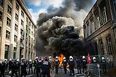 20131007 Firemen set Brussels on fire