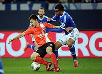 v.l. Shinji Okazaki, Joel Matip (Schalke)<br /> Fussball Bundesliga, FC Schalke 04 - FSV Mainz 05<br /> Norway only