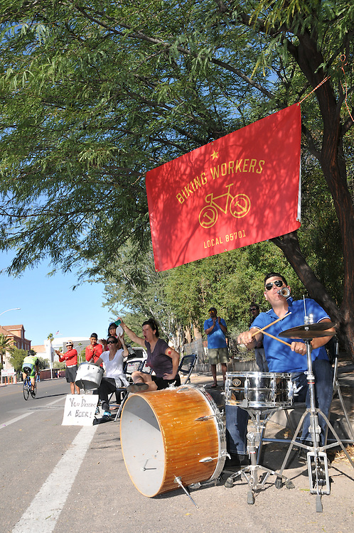 Biking Workers band welcomes Tour de Tucson finishers to the Armory Park neighborhood. Bike-tography by Martha Retallick.