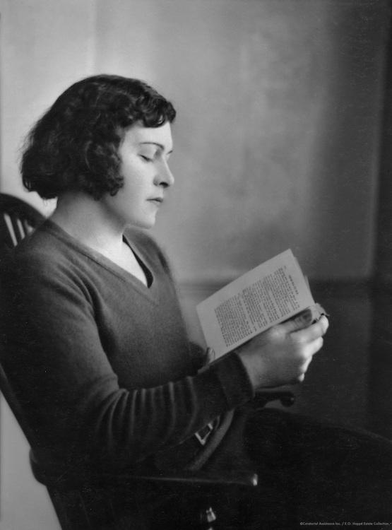 Joan Sutherland, 1932